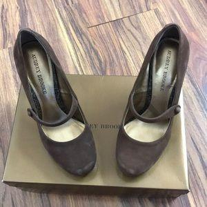 Audrey Brooke High Heels